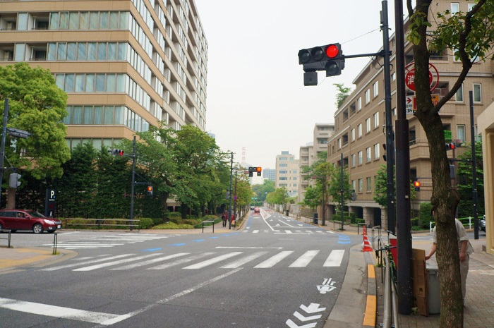 港区六本木四丁目計画_ミッドタウン横坂下からの眺め