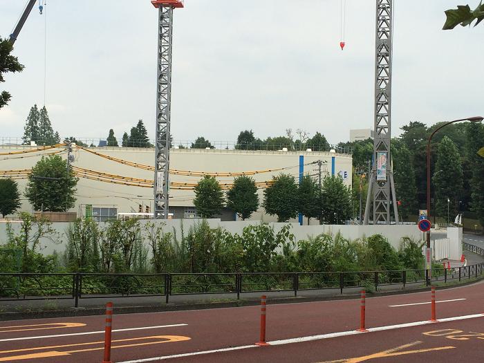 ガーデンヒルズ四ツ谷 迎賓の森_赤坂御所そばの現地周辺の様子写真_1_道路の傾斜・坂