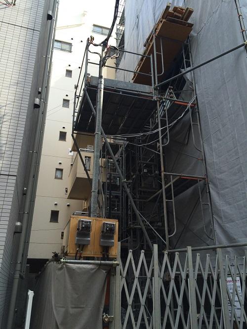 オープンレジデンシア神楽坂 並木通り_5_北向き隣ビルとの位置関係