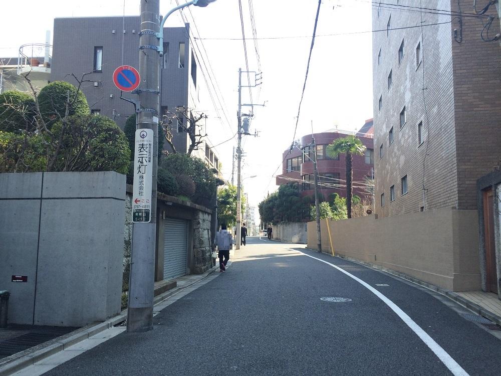 グランドメゾン表参道_東側には南青山アドレスの閑静な住宅地