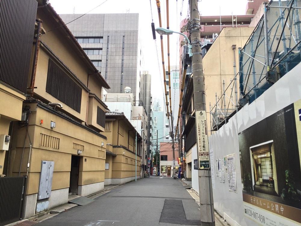 プラウド日本橋人形町ディアージュ_目の前の料亭